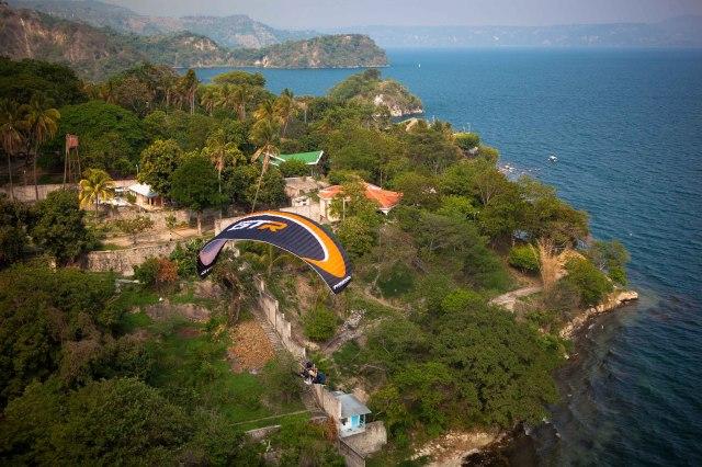 El lago de Ilopango, El Salvador
