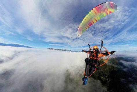 Über den Wolken scheint die Freiheit grenzenlos zu sein